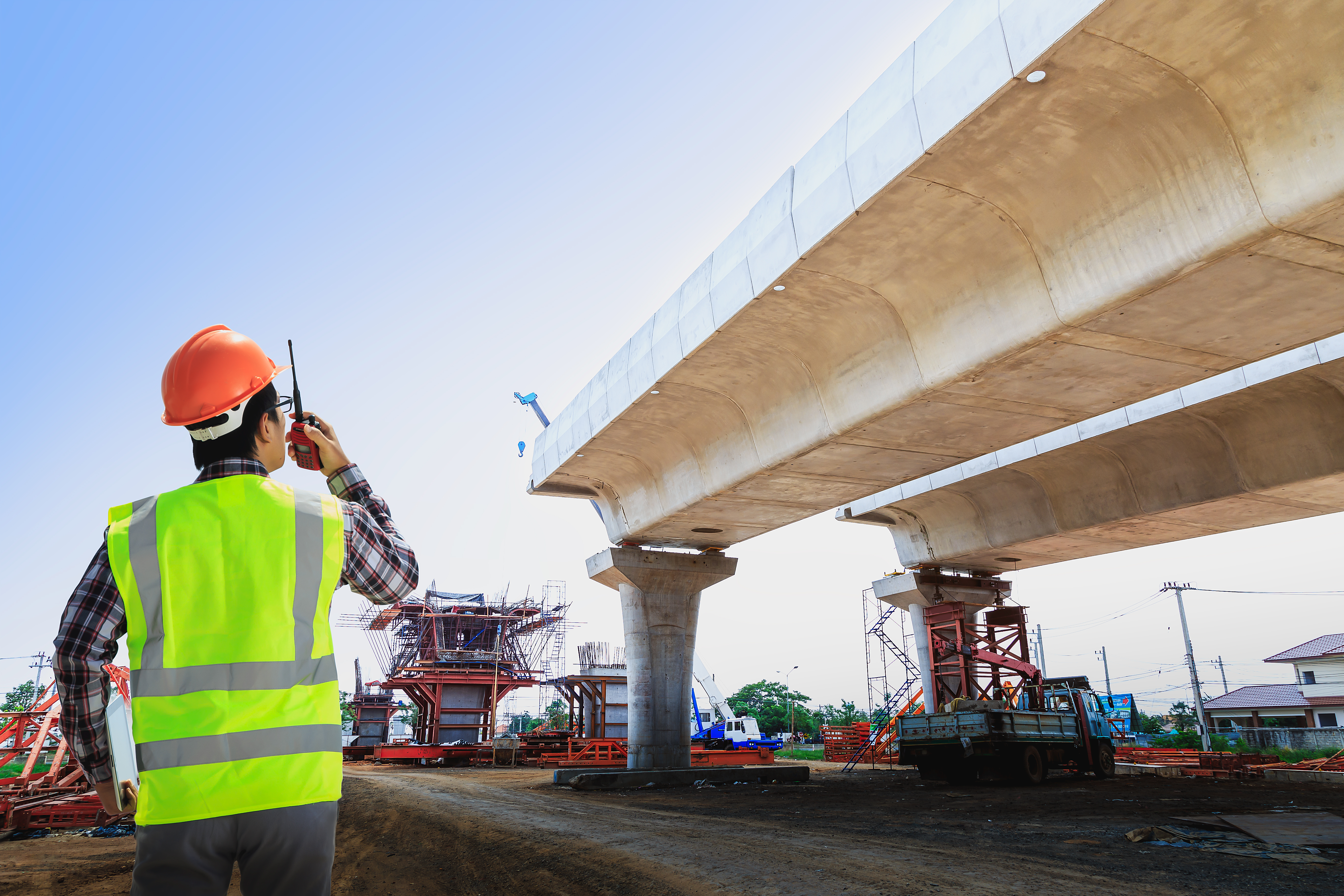 Top Risks Faced by Bridge Contractors and How to Avoid Them